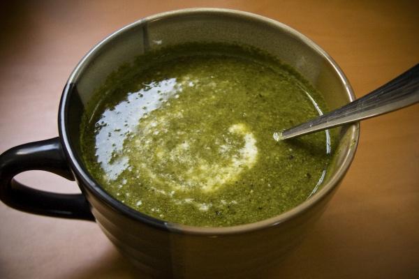 Acestea sunt alimentele ce ajuta la detoxifiere si elimina toxinele