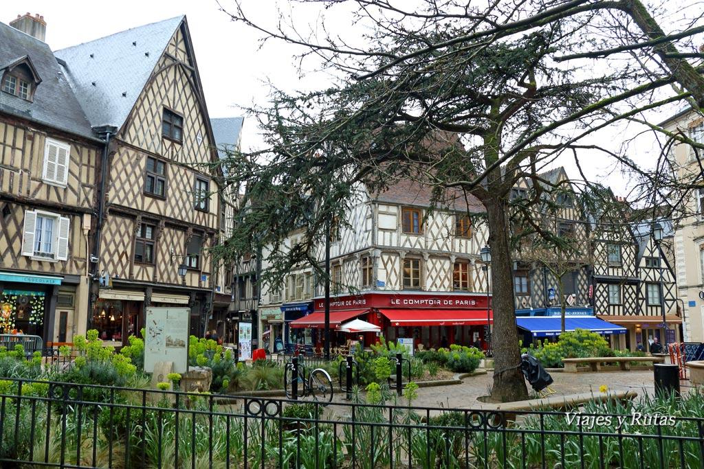 Place Gordaine, Bourges