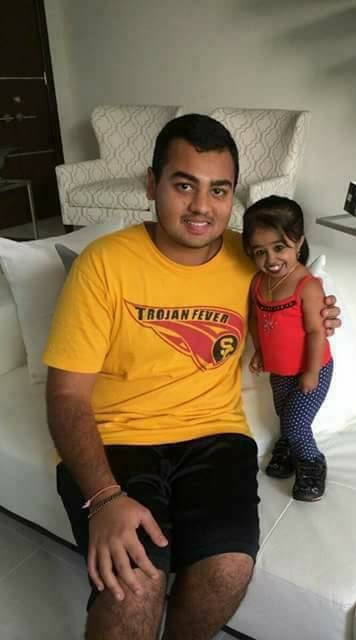 smallest Jyoti Amge: World's Smallest Woman Gets Married Lifestyle