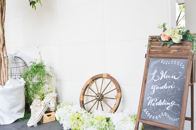 Hosting a party, wedding style, party planner, plan my wedding, blogger