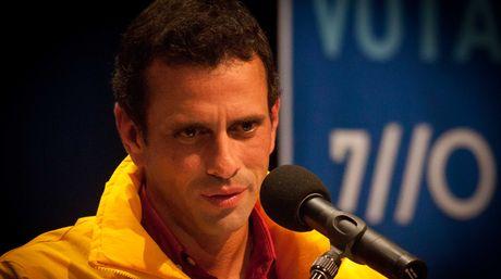 Henrique-Capriles-Radonski_NACIMA20121008_0020_6.jpg