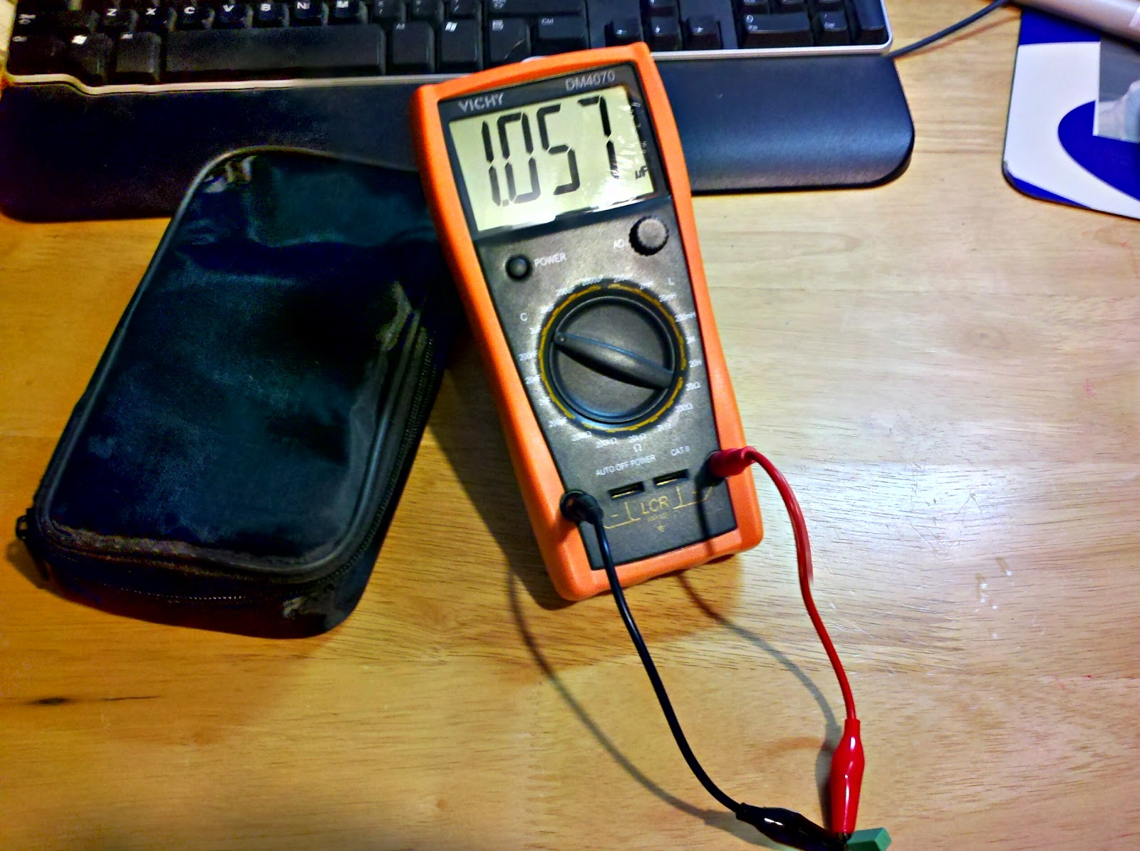 Rants From The Embedded Hardware Guy Vichy Dm4070 Lcr Meter Teardown Bridge Ebay Upon Tearing It Open First Thing I Noticed Was Large Amount Of Manual Adjustment Pots Most Higher Priced Meters Have A Bit More