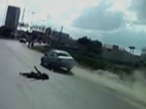 Vídeo mostra momento em que motorista alcoolizado atropela mulher grávida de 8 meses