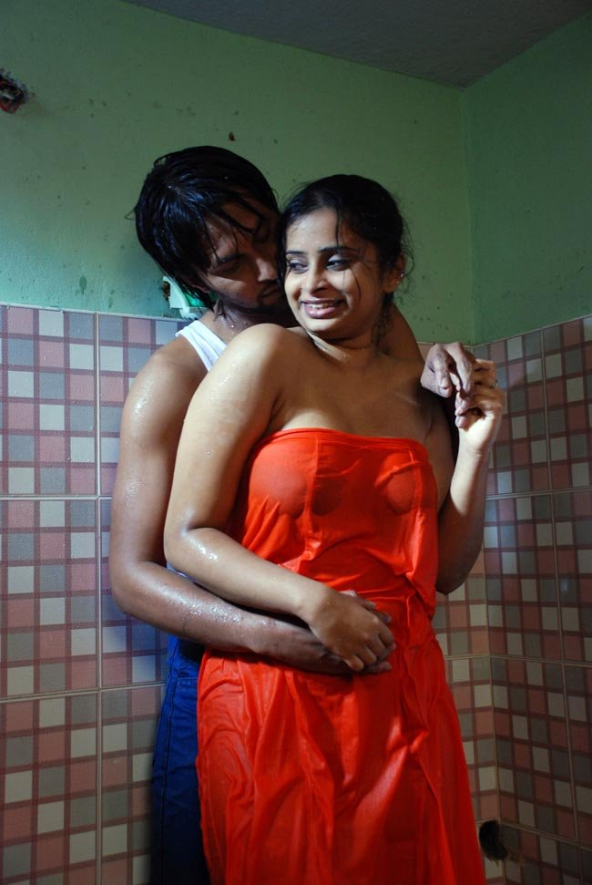 Hot Bathing Pictures Of Indian Actresses - Xxx Sex Fuck -9873