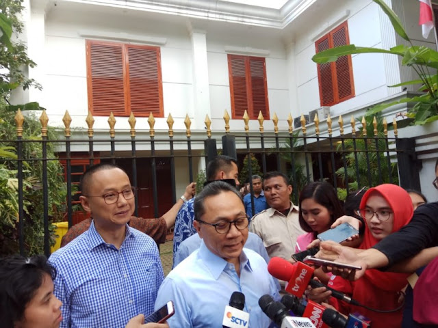 Bahas Finalisasi Timses, Zulhas Sambangi Kediaman Prabowo