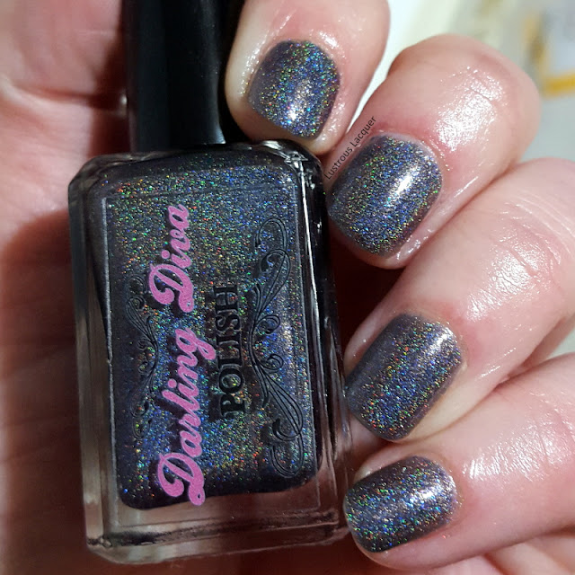 black-linear-holographic-nail-polish