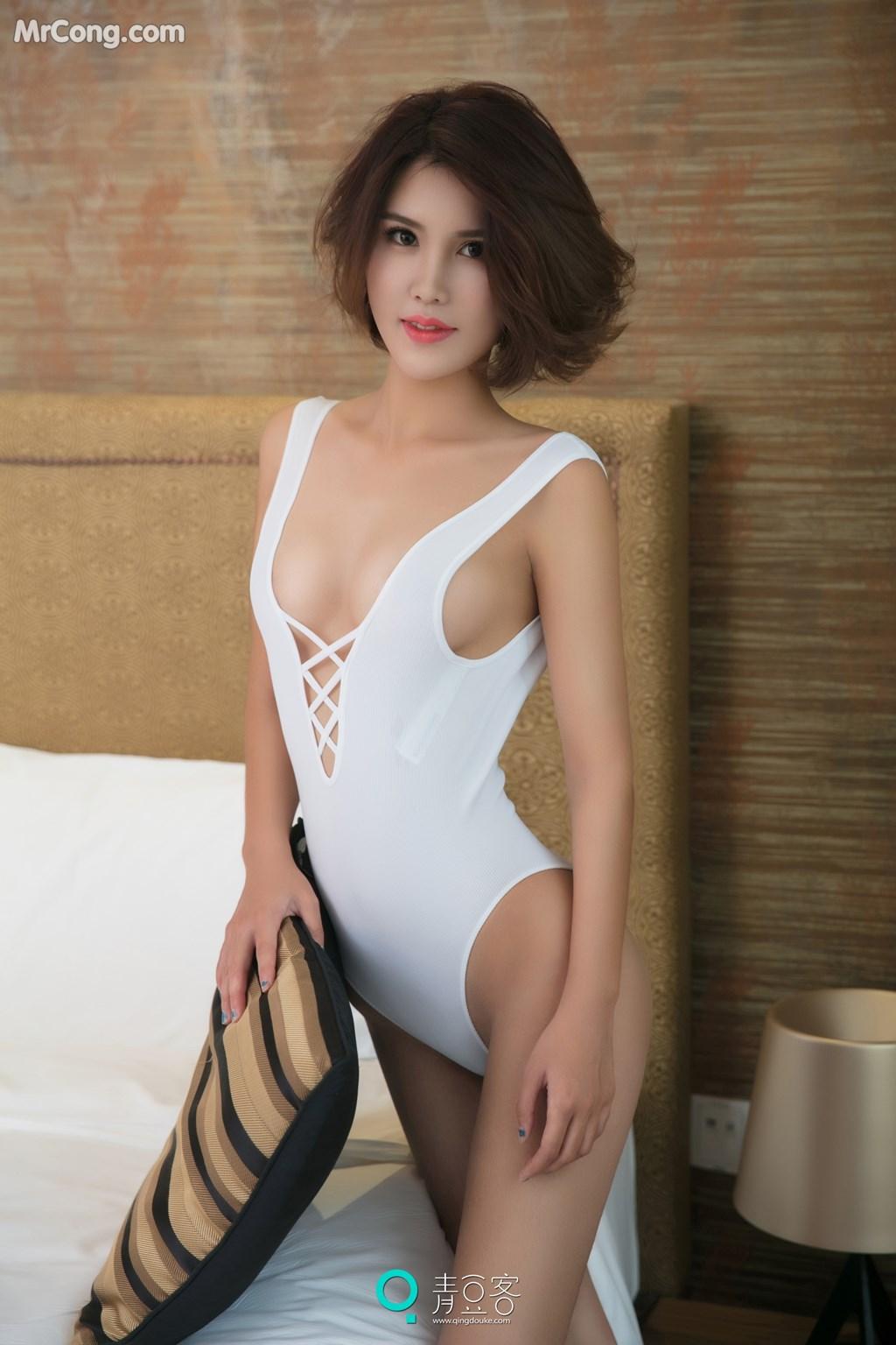 Image QingDouKe-2017-10-10-Yi-Nuo-MrCong.com-001 in post QingDouKe 2017-10-10: Người mẫu Yi Nuo (依诺) (54 ảnh)