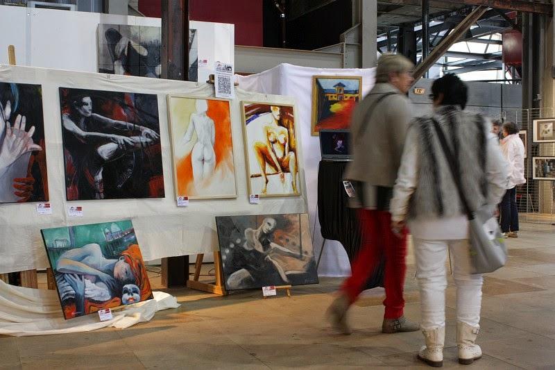 Stand der Künstlerin Olga David, Kunstmesse in Frankreich