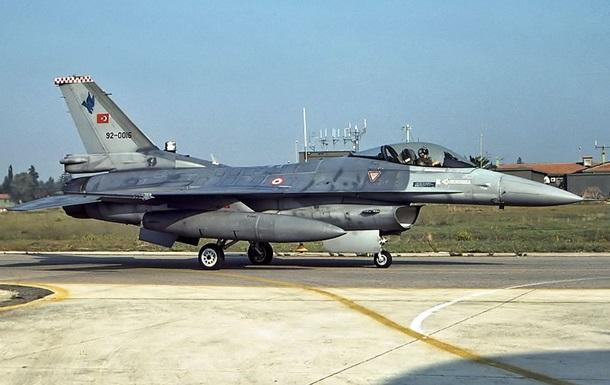 ВПС Туреччини громили позиції курдів в Іраку