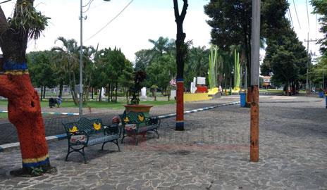 Taman di Alun-alun Lumajang