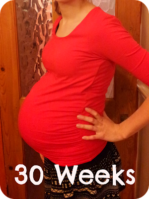 30 weeks pregnant, 30 week bump, second pregnancy, low boy bump
