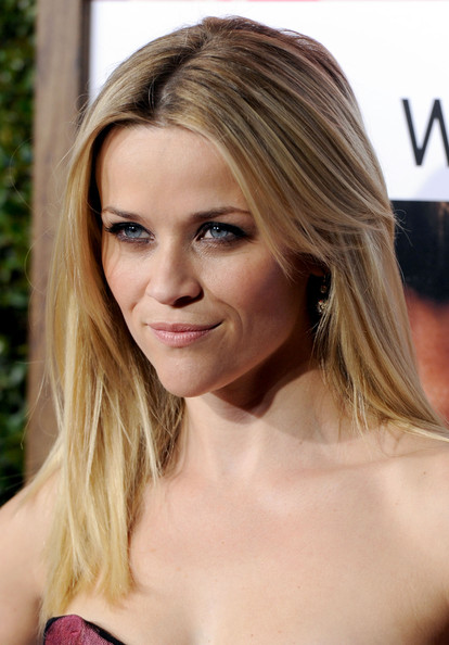 hair style medium length view reese witherspoon hairstyles pictures of 4290