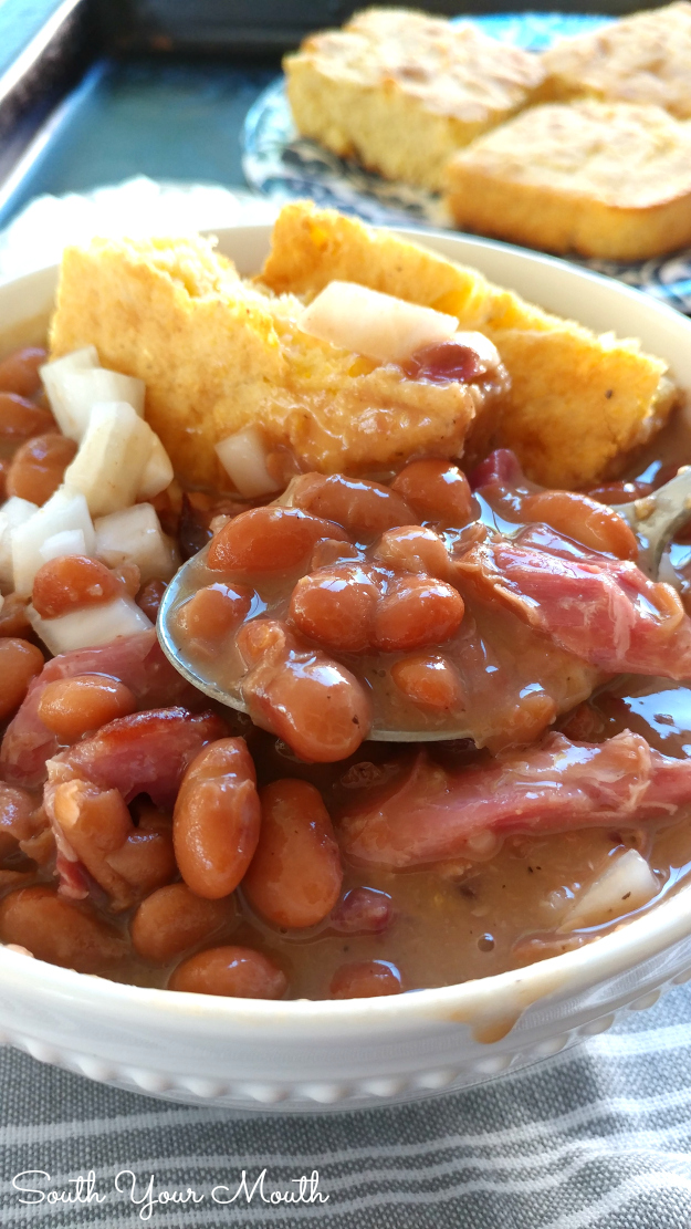 how to make beans with ham hocks