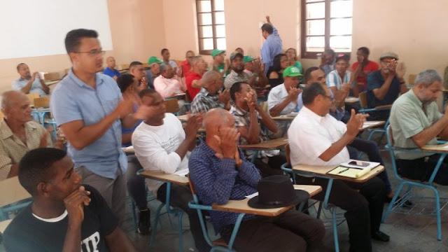 Grupos del Cibao coordinan acciones por la renuncia del presidente Danilo Medina