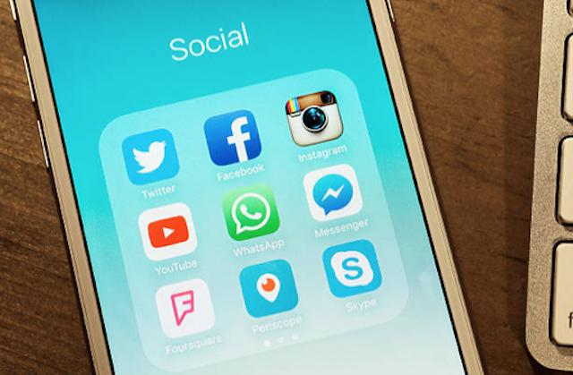 ¿Cómo poner una contraseña que evite el acceso a WhatsApp?