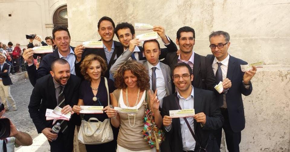 Palo in movimento m5s i parlamentari pugliesi for I parlamentari