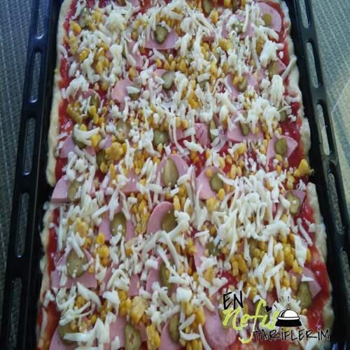 Pratik Pizza Nasıl Yapılır