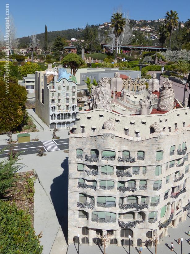 La Pedrera - Casa Milá, Antoni Gaudí -  Cataluña en Miniatura - Catalonia Miniature