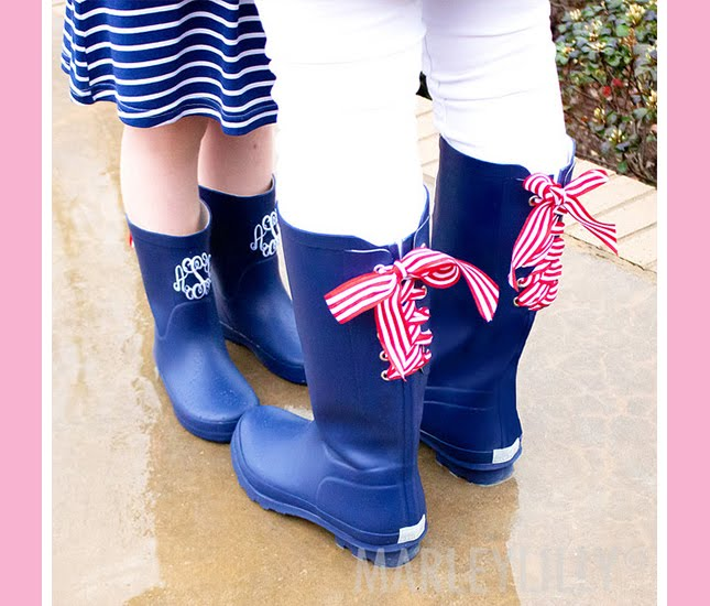 navy rain boots outfit