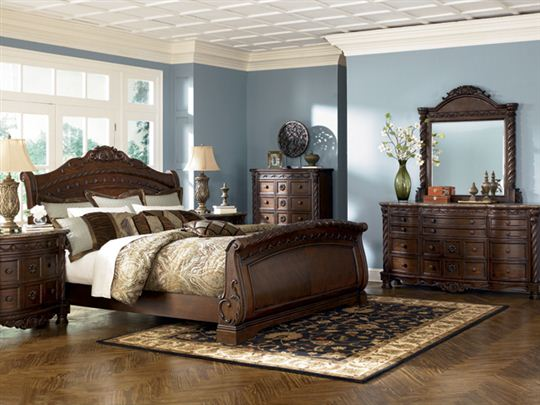 traditional ashley wood furniture queen size bedroom sets