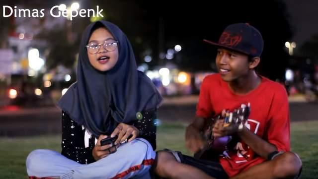 Lirik Lagu Jangan Menangis Untukku - Luvia cover by Dimas Gepenk