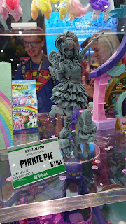 My Little Pony 2018 SDCC - Kotobukiya Pinkie Pie Bishoujo Statue