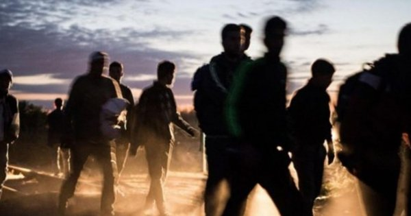 Χρυσοχοΐδης: «Τα σύνορά μας στον Έβρο είναι ασφαλή» - Τα βίντεο των αλλοδαπών τον διαψεύδουν