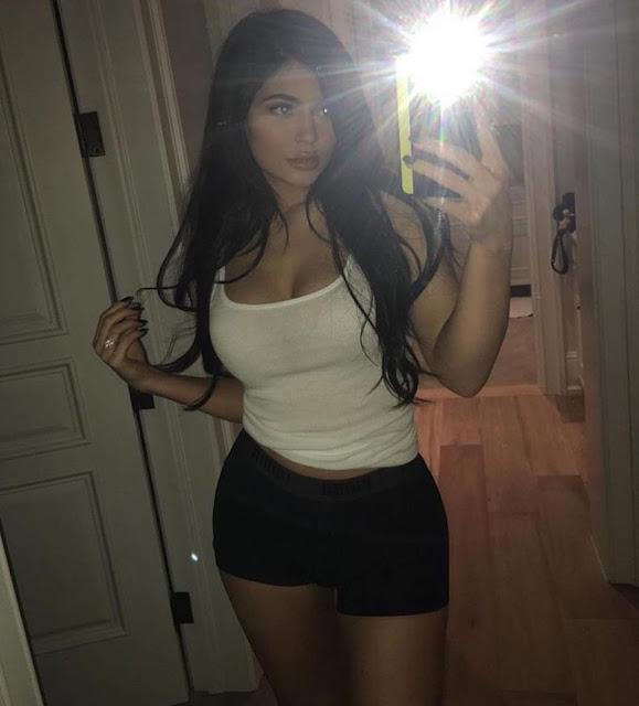 Kylie Jenner – Social Media Pics
