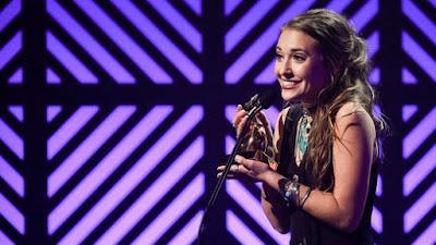 Lauren Daigle é o grande nome do Dove Awards 2016