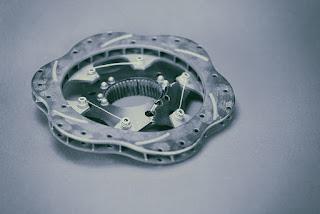 Pourquoi les rotors de frein se déforment-ils
