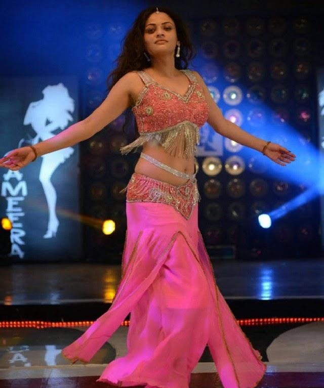 Sneha Stills Murattu Kaalai Sneha Upcoming Tamil Movie: Sneha Ullal Hot Item Song Photos New 2013 Hot Dance