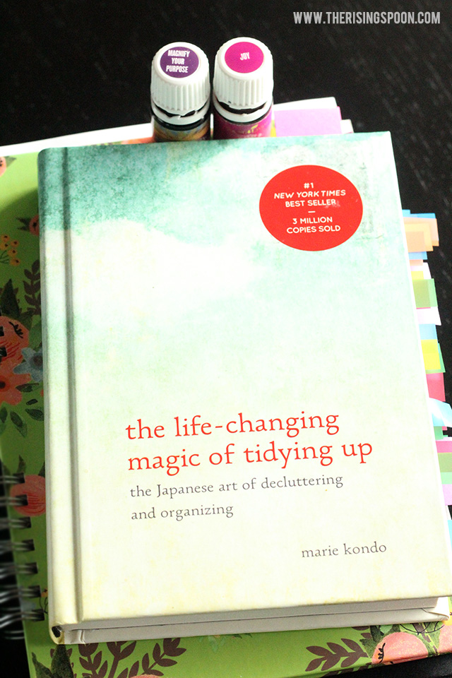 Why You Should Read The Life-Changing Magic of Tidying Up Book & Use the KonMari Method to Declutter Your Home