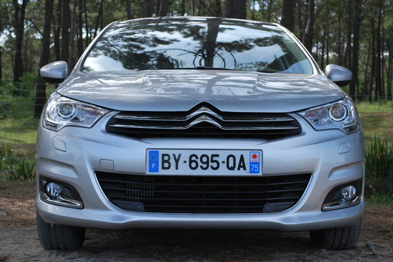 citroen c4 e hdi 110 exclusive motorcycles luxury cars. Black Bedroom Furniture Sets. Home Design Ideas