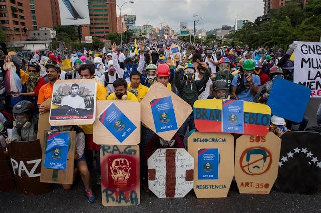 ¡RESISTENCIA  INDEFINIDA Y SOSTENIDA! 4 de cada 5 venezolanos consideran mantenerse en la calle hasta lograr sus objetivos, revela encuesta
