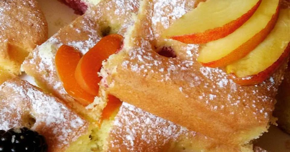 Torta sofficissima alla Frutta Estiva (Ricetta Facilissima e Veloce)