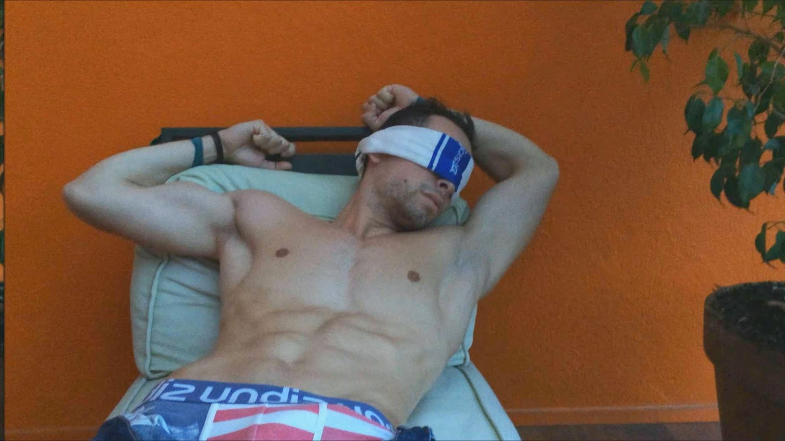 GayForIt - Free Gay Porn Videos - Chloroformed