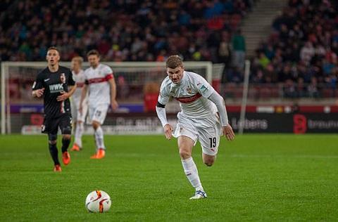 đội bóng Augsburg lại đang thi đấu tỏ ra rất hiệu quả trên sân nhà
