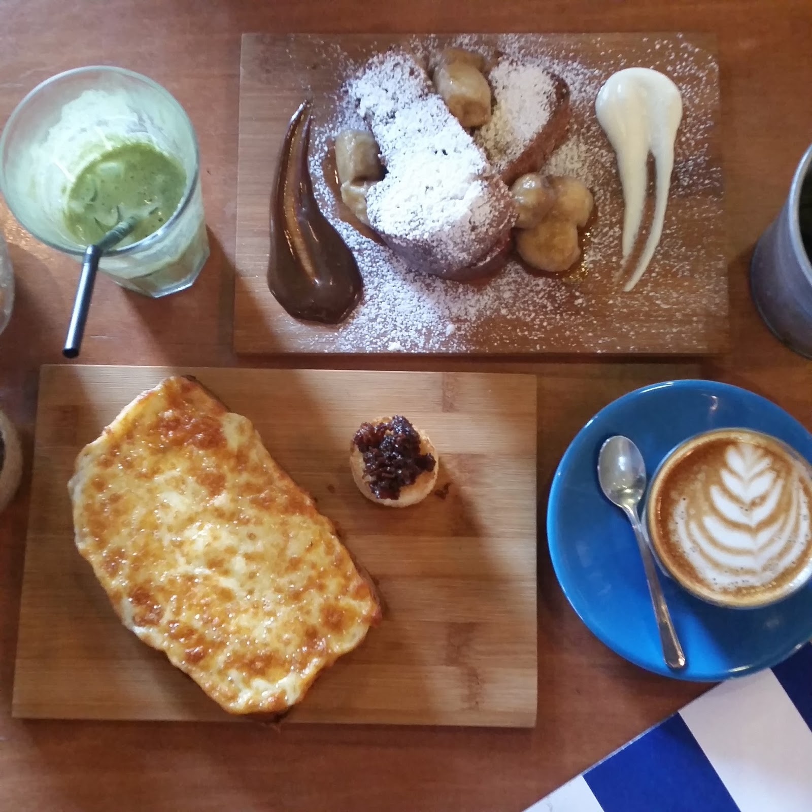 Oomph Cafe Opening Hours