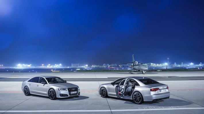 Wallpaper 2: Audi S8