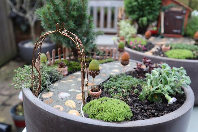 Garden arch handmade miniature