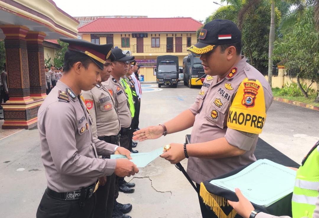 9 Personil Berprestasi Polres Tana Toraja Terima Reward, Kasi Humas: Terima Kasih Awak Media