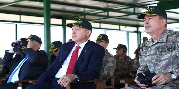 Ο Ερντογάν στο Αιγαίο για πολεμική επίδειξη