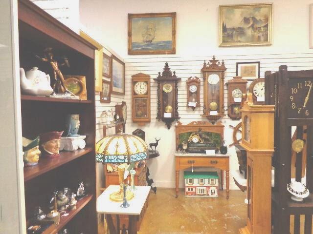 Antiques Mall Vendor Kaye
