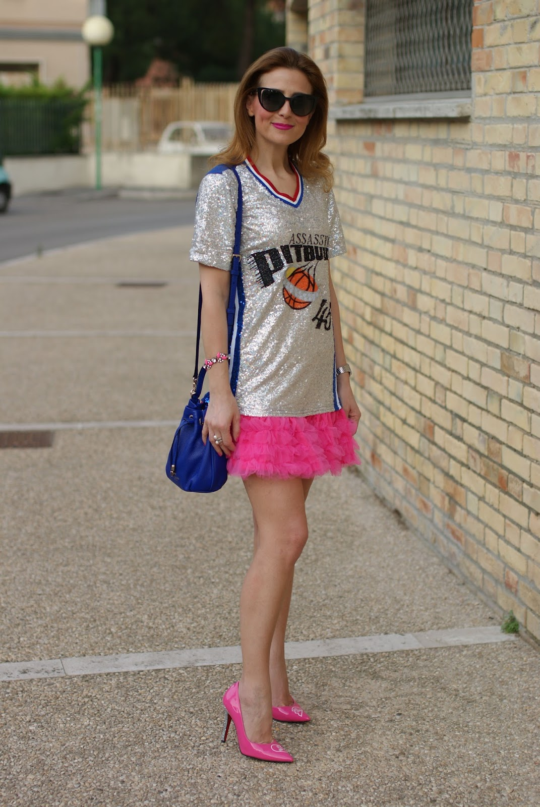 Short sequin dress, bucket bag and #StayMercury pink glitter heels on Fashion and Cookies fashion blog, fashion blogger