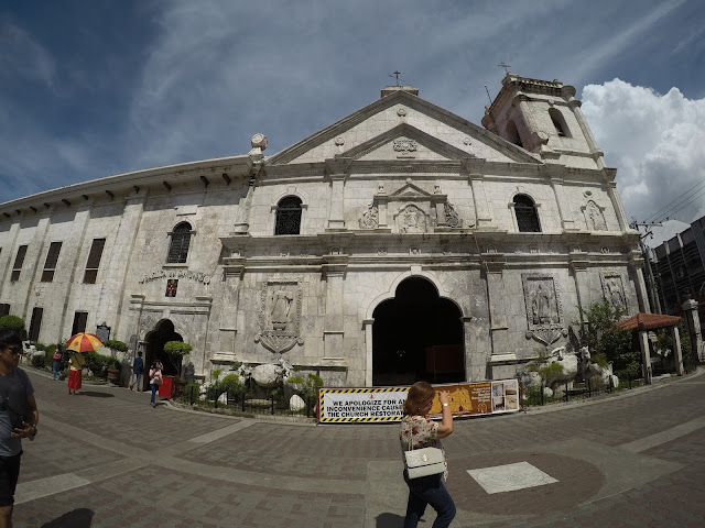 Free things to do in Cebu City: Pray at Basilica Minore del Sto. Niño