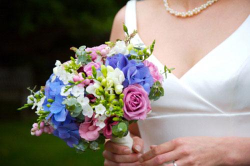 Flori Si Aranjamente Florale Buchete De Mireasa Din Flori Albastre