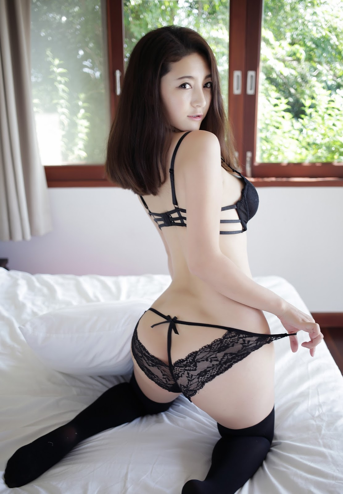 Sexy asian hottie