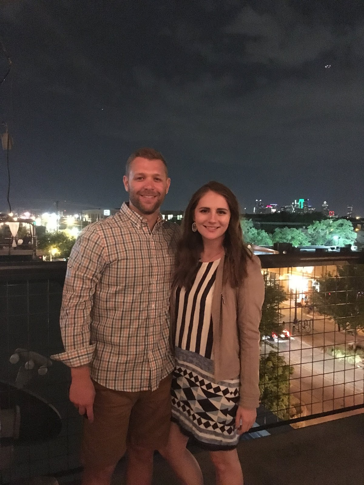 Rooftop Bar in Dallas Texas | What to do in Dallas | HG Sply Co | Dallas Rootop | Texas Road Trip Ideas | A memory of Us|