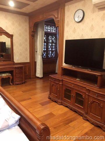 Bán biệt thự gỗ 55 tỷ đường Thân Nhân Trung quận Tân Bình