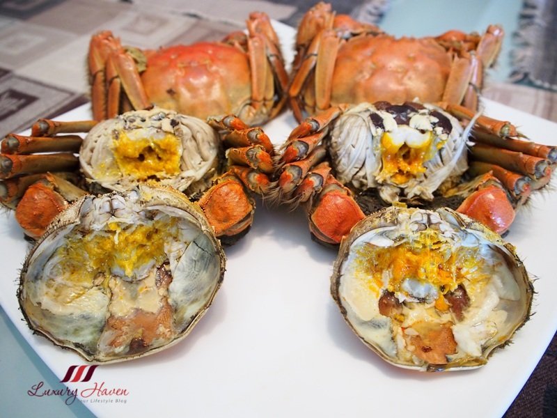 singapore food blogger reviews hairy crab at home